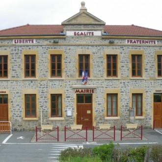 Facade mairie chenelette